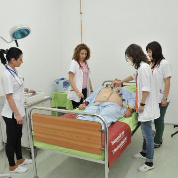 Cazuri medicale prezentate mediciniștilor
