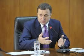 Vlad Filat îndeamnă studenții să iasă la vot